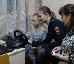 В Пятигорске дошкольники изучают правила безопасности на дороге с помощью компьютерных программ